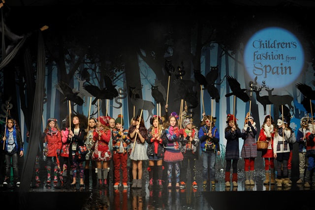 Выставка Children's Fashion From Spain – «The Enchanted Wood»